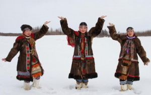 Победители фестиваля -коллектив села Омолон